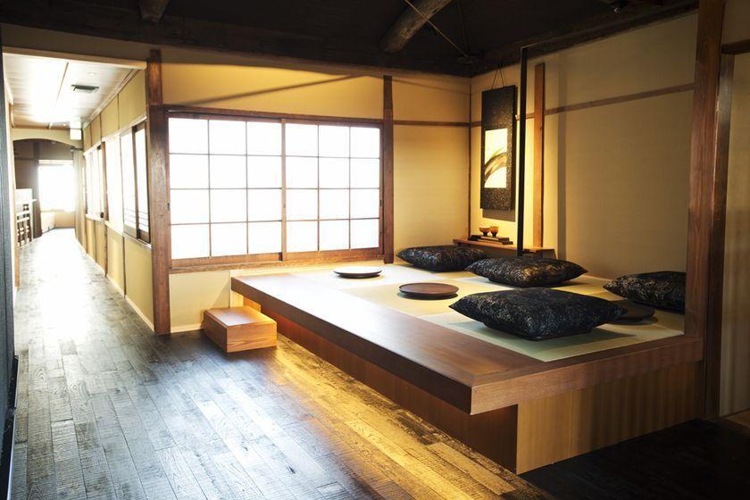 スターバックス コーヒー 京都二寧坂ヤサカ茶屋店の2階のお座敷