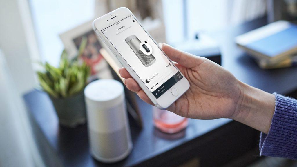 boseのスピーカーSoundLink Revolve Bluetooth® speakerを専用アプリで操作