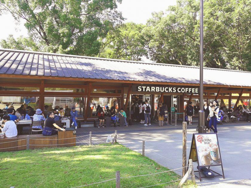 スターバックス上野恩賜公園店の正面入り口