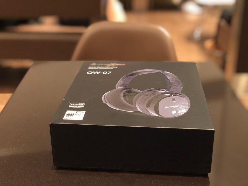 liteximのワイヤレスbluetoothヘッドホンqw-07の化粧箱
