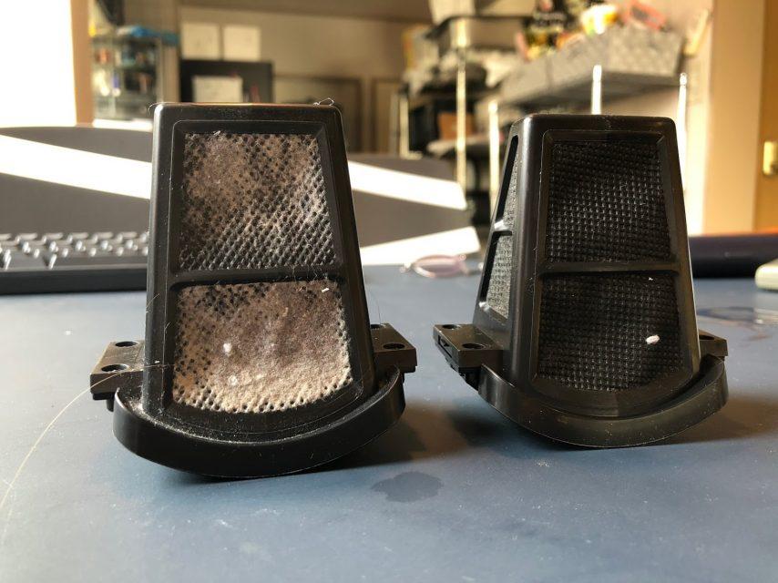 家電レンタルのレンタマでレイコップRP100jで布団を掃除でかけた後のダストボックスの比較